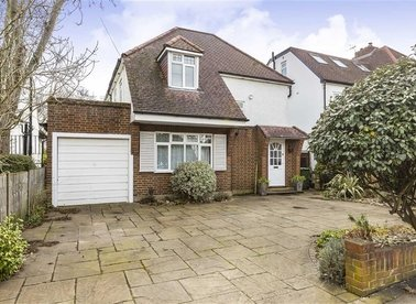 Properties sold in Ormond Drive - TW12 2TP view1