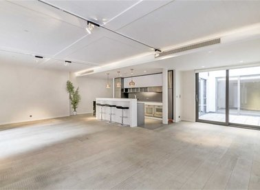 Properties for sale in Oxford Street - W1D 2HQ view1