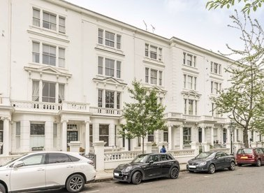 Properties for sale in Palace Gardens Terrace - W8 4SB view1