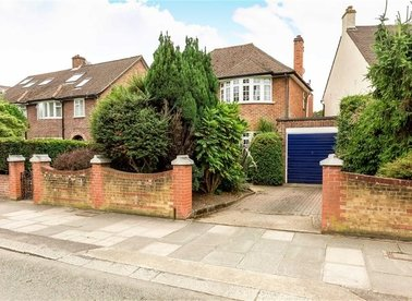 Properties sold in Park Road - TW12 1HU view1