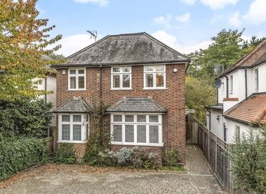 Properties for sale in Petersham Road - TW10 7AW view1