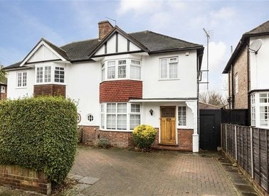 Properties for sale in Pierrepoint Road - W3 9JH view1