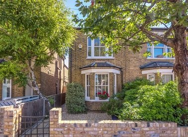 Properties for sale in Plevna Road - TW12 2BS view1