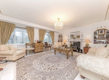 Properties for sale in Prince Albert Road - NW8 7RY view1