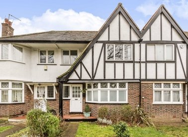 Properties for sale in Princes Gardens - W3 0LN view1