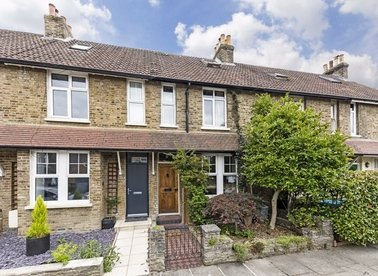 Properties sold in Priory Road - TW12 2NR view1