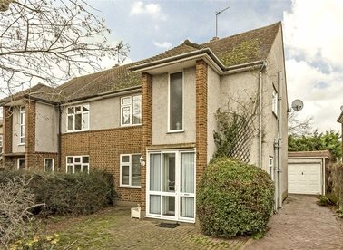 Properties for sale in Queens Road - TW12 1DU view1