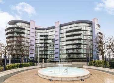 Properties for sale in Queenstown Road - SW11 8NW view1