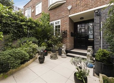 Properties for sale in Randolph Avenue - W9 1BL view1