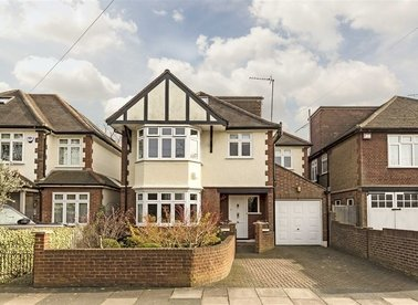 Properties for sale in Ravensbourne Road - TW1 2DQ view1