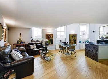 Properties for sale in Redfield Lane - SW5 0RJ view1