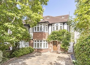 Properties sold in Riverdale Gardens - TW1 2BX view1