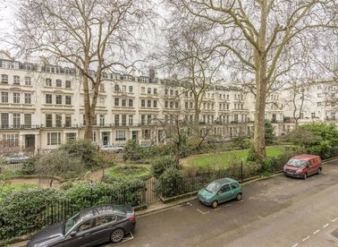 Properties for sale in Rutland Gate - SW7 1PD view1