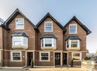 Properties for sale in Samara Place - SW20 9AP view1