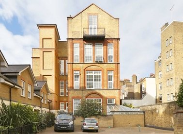 Properties for sale in Sandland Street - WC1R 4PZ view1