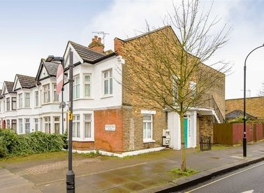 Properties for sale in Sedgeford Road - W12 0NA view1