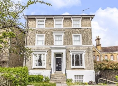 Properties for sale in Sheen Road - TW9 1UU view1