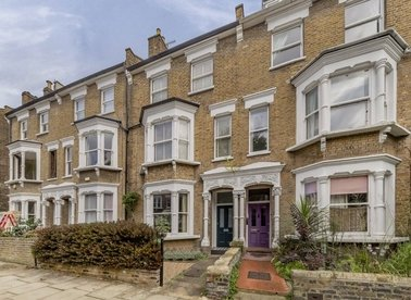 Properties for sale in Shirlock Road - NW3 2HS view1