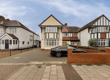 Properties for sale in Sidmouth Road - NW2 5HJ view1