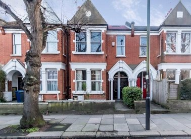 Properties for sale in Southfield Road - W4 1BB view1