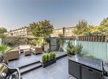Properties sold in Southwark Park Road - SE16 3RT view1