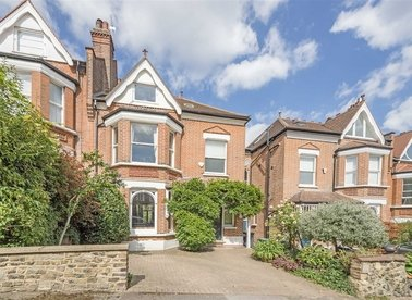 Properties for sale in Southwood Avenue - N6 5RZ view1
