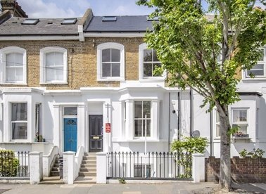Properties for sale in Spencer Road - W3 6DW view1