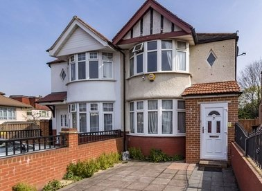 Properties for sale in St. Annes Gardens - NW10 7HL view1