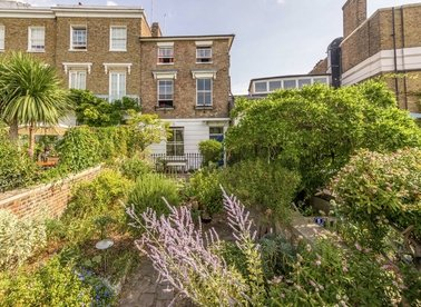 Properties for sale in St. Helena Terrace - TW9 1NR view1