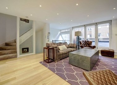 Properties for sale in St. James's Terrace Mews - NW8 7LJ view1