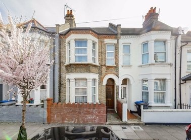 Properties for sale in St. Margarets Road - NW10 5PX view1
