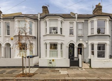 Properties for sale in St. Margarets Road - NW10 5PY view1