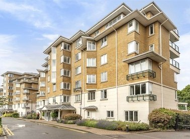 Properties for sale in Strand Drive - TW9 4DN view1