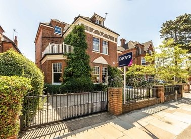 Properties for sale in Strawberry Hill Road - TW1 4PZ view1