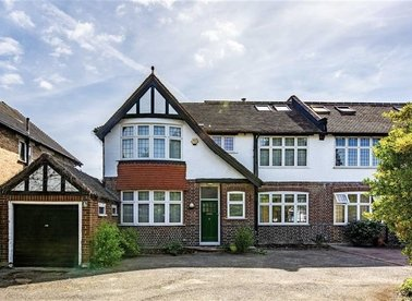 Properties for sale in Strawberry Vale - TW1 4RX view1