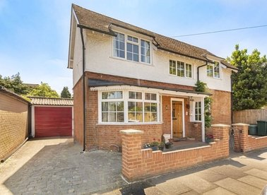 Properties for sale in Sunmead Road - TW16 6PF view1