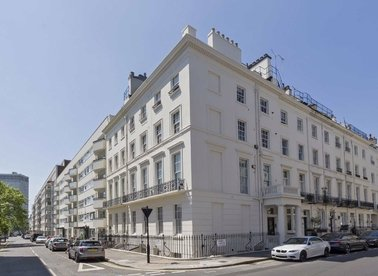 Properties for sale in Sussex Place - W2 2TP view1
