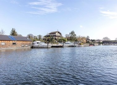 Properties sold in Taggs Island - TW12 2HA view1