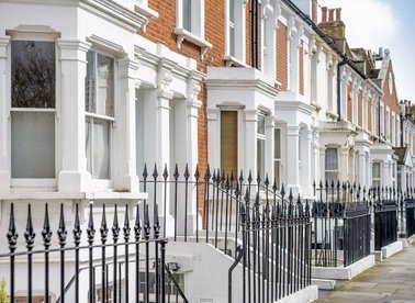 Properties for sale in Tetcott Road - SW10 0SB view1