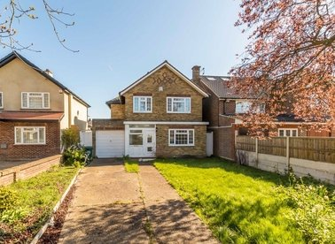 Properties for sale in The Avenue - TW16 5ES view1
