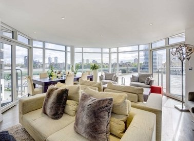 Properties for sale in The Boulevard - SW6 2SW view1