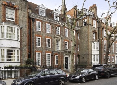 Properties for sale in The Vale - SW3 6AG view1
