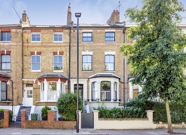 Properties for sale in Tufnell Park Road - N7 0PU view1