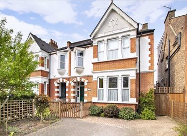 Properties for sale in Twyford Avenue - W3 9QD view1