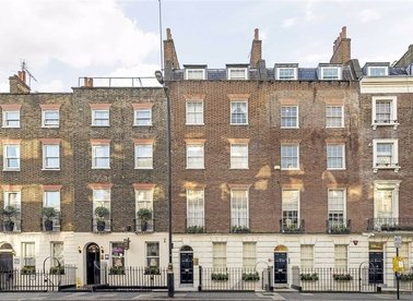 Properties for sale in Upper Berkeley Street - W1H 5QP view1