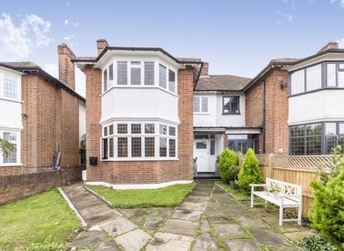 Properties for sale in Upper Richmond Road West - TW10 5DU view1