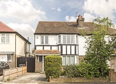 Properties sold in Vincent Road - TW7 4LT view1