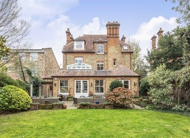 Properties for sale in Waldegrave Park - TW1 4TJ view1