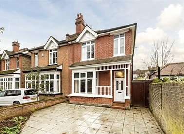 Properties for sale in Walpole Road - TW2 5SN view1