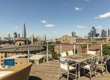 Properties for sale in Wapping High Street - E1W 1BH view1